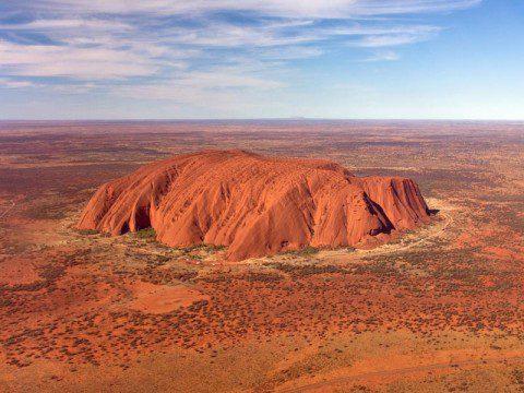 Uluru från helikopter